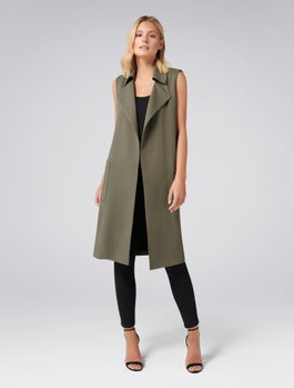 Olivia Patch Sleeveless Trench Coat by Forever New