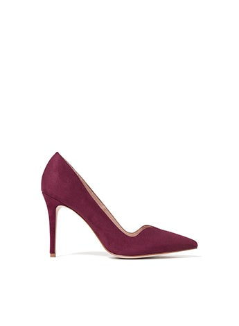 Sweetheart Pointed Court Heels