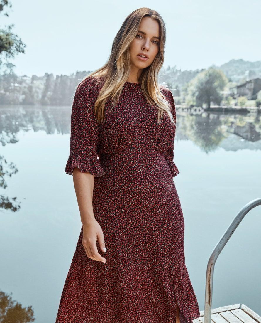 Forever New Plus Size Fashion Clothing